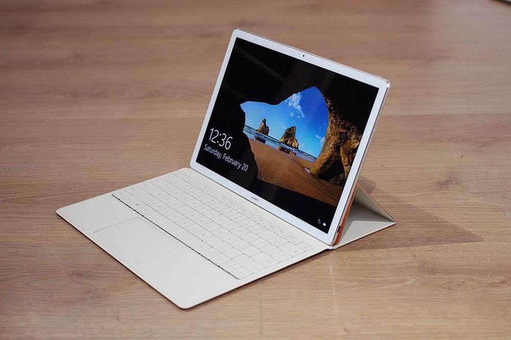2 az 1-ben laptop