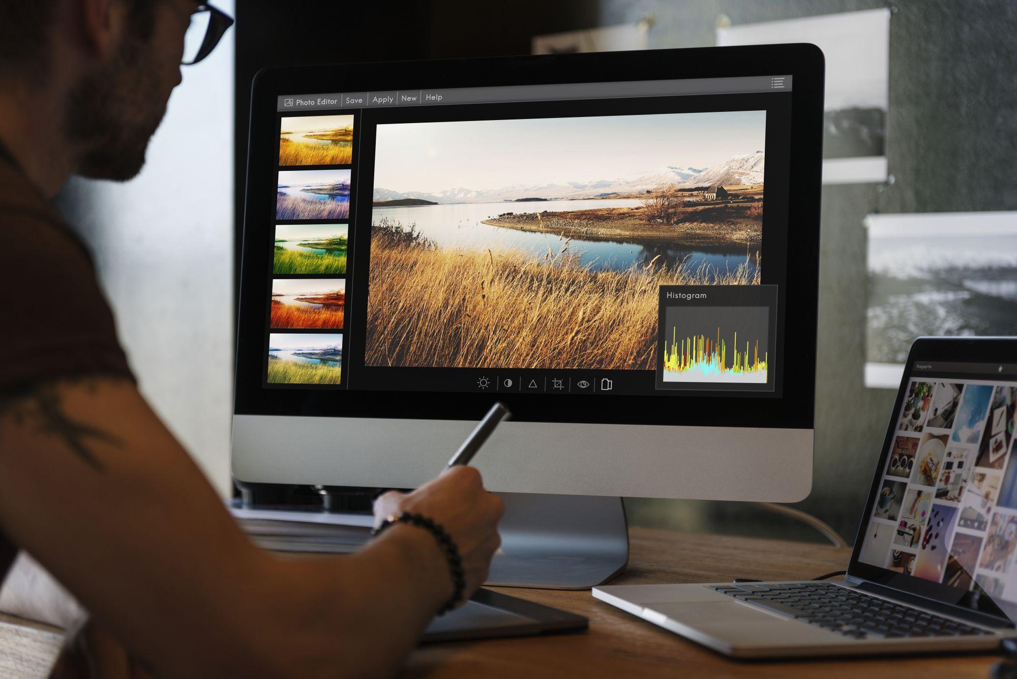 A grafikus programokat már egy top kategóriás laptop is elviszi