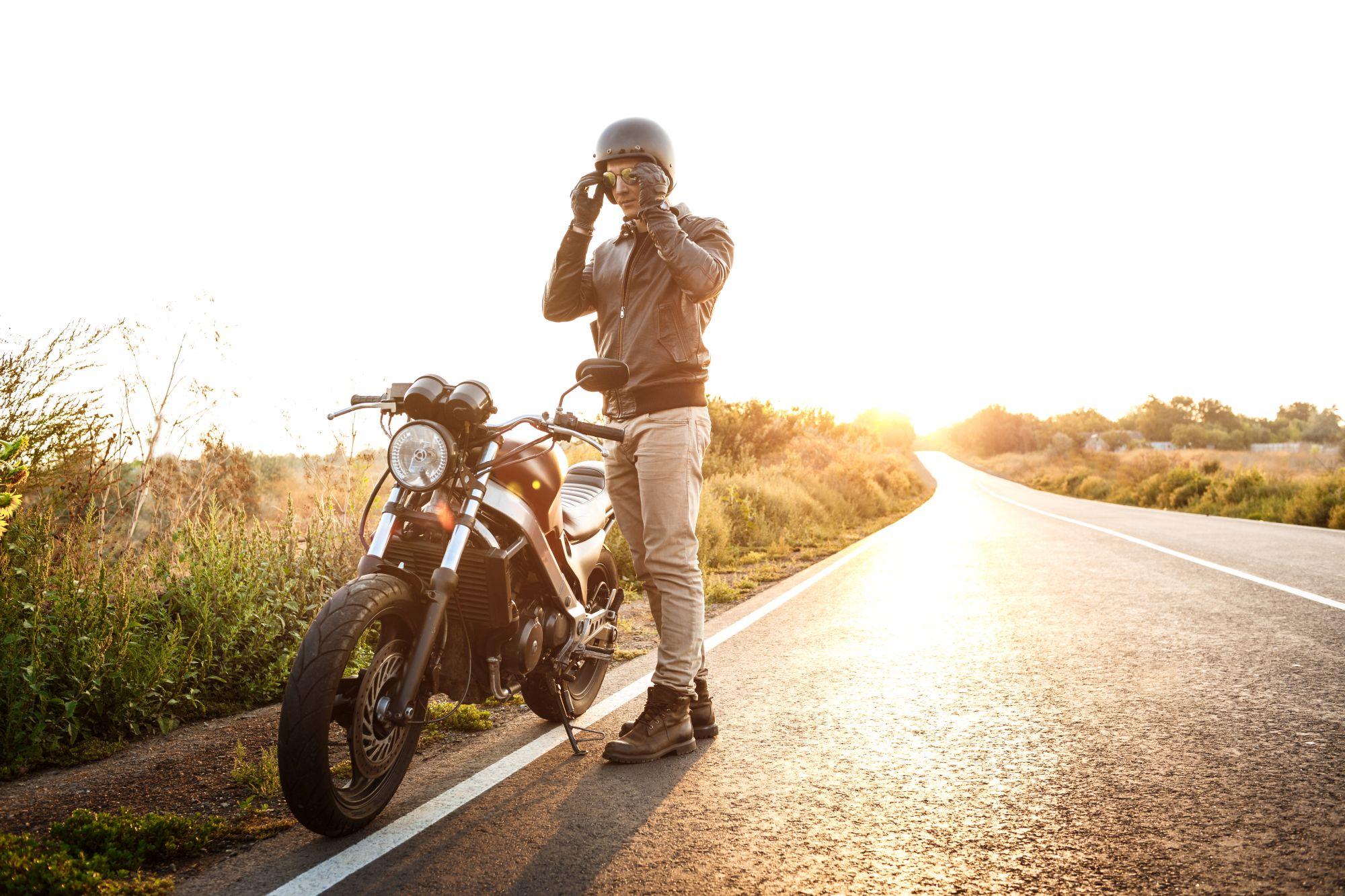 A hosszabb motoros utakhoz mindig jól jön egy motoros kesztyű
