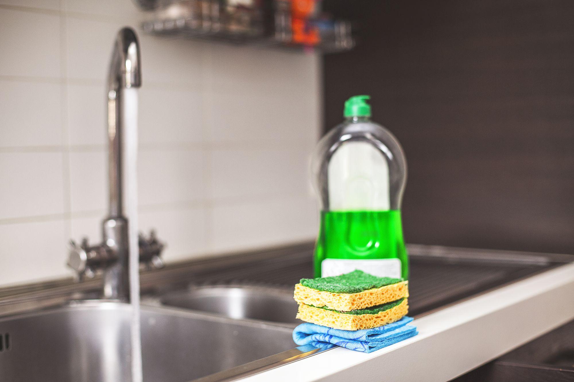 Csap mosogatószerrel