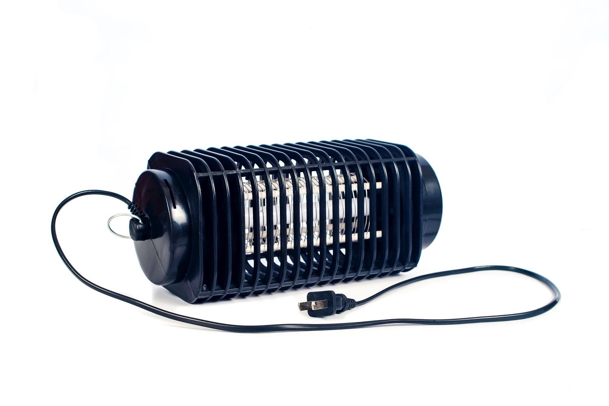 Elektromos rácsos UV fénnyel működő rovarcsapda