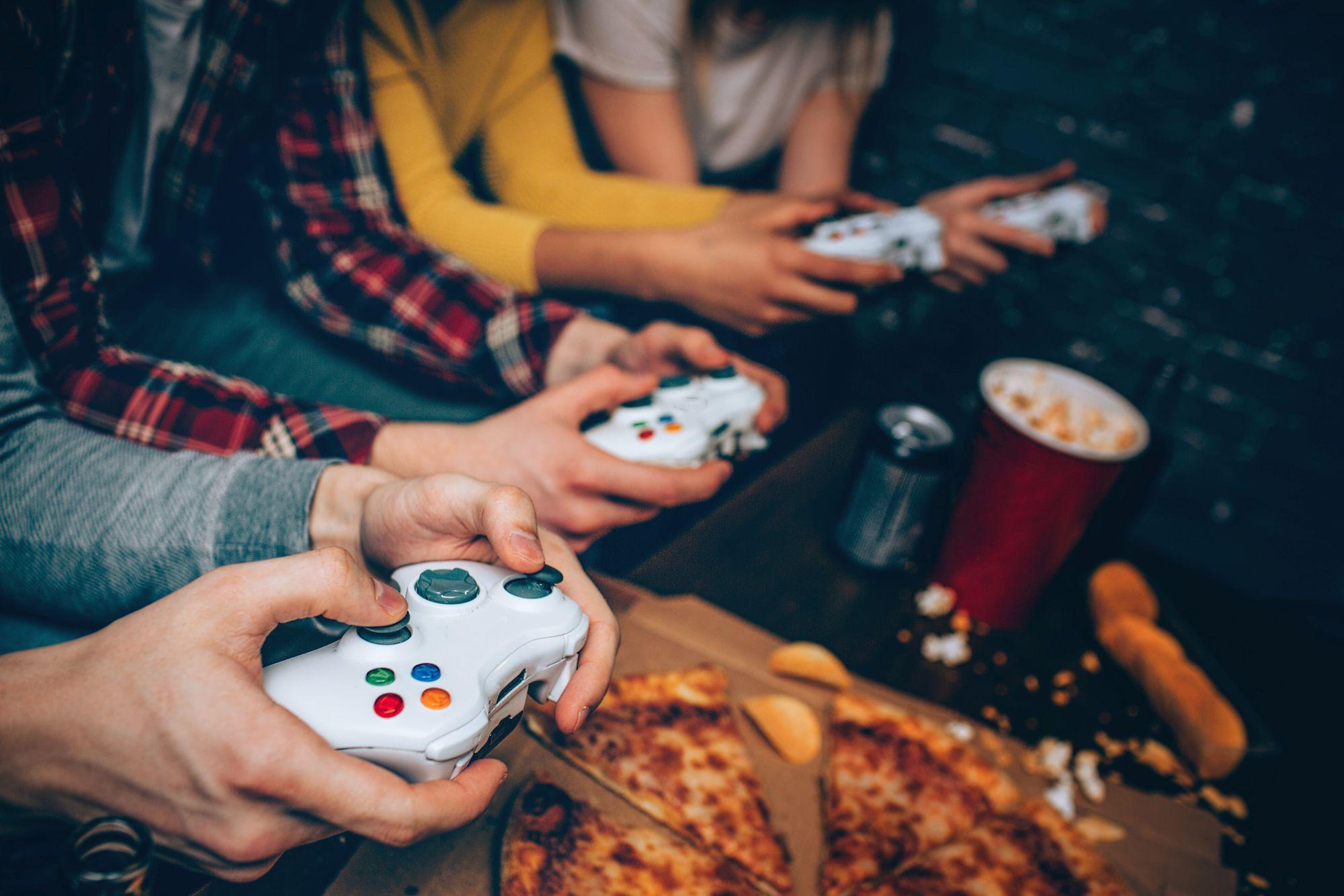 Ha nassolsz játék közben könnyen takarítható gamer széket válassz