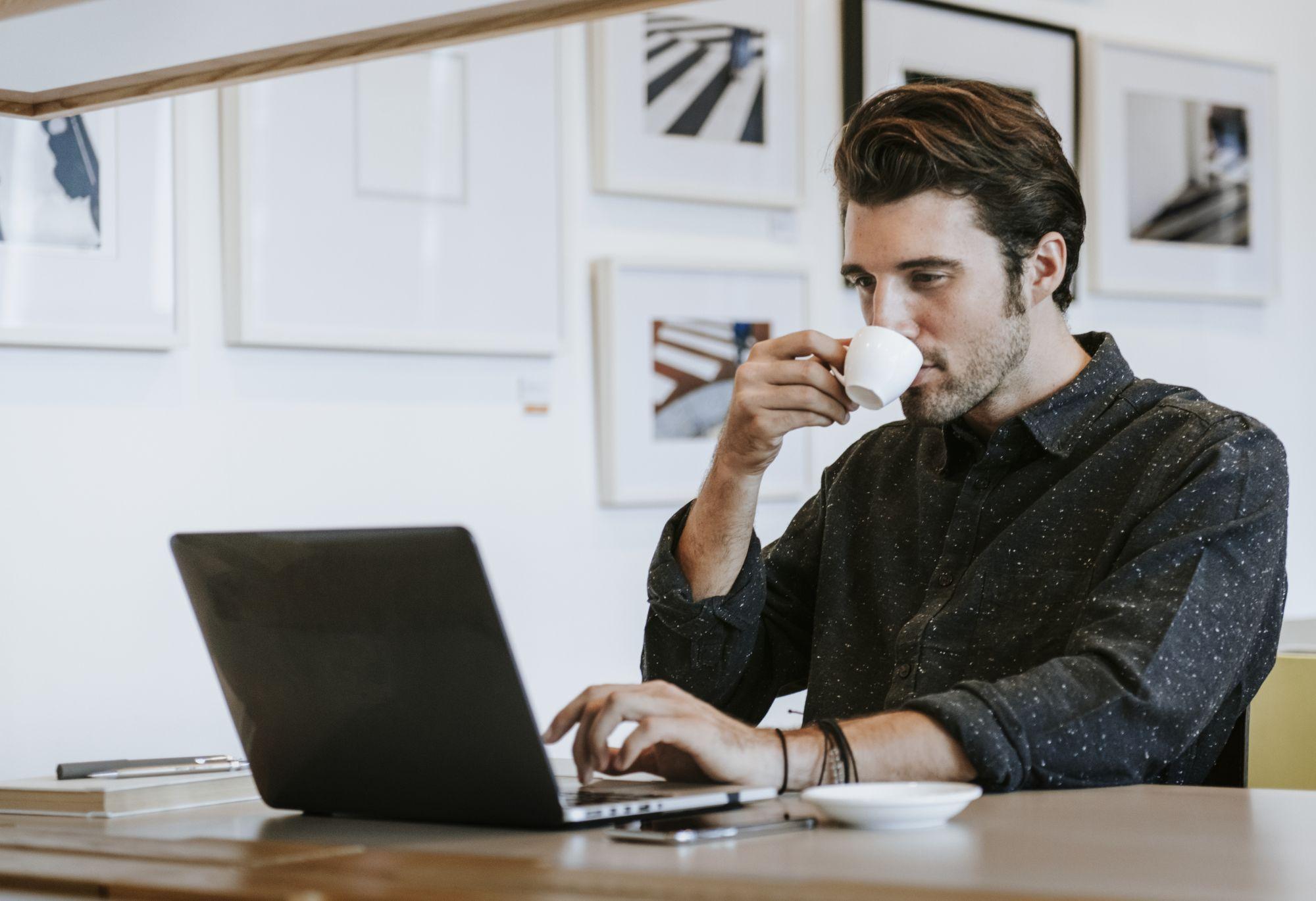 Munkahelyi környezetben jobban megéri profi laptopot használni